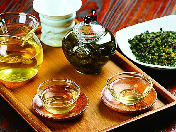 长期坚持喝绿茶,可以起到一定的减肥作用。